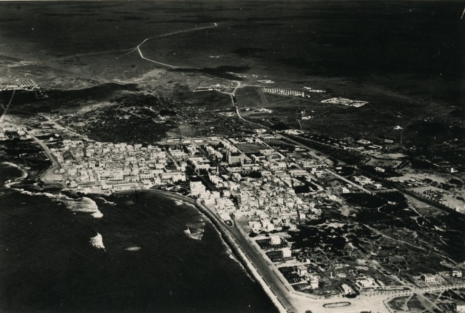 Mogadishu,Aerial view,1930's (Source: Laboratorio di Ricerca Documentazione Storica)